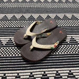 Sanuk Flip Flop Sandals